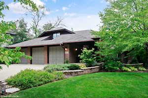 5457 Bending Oaks Place Downers Grove, IL 60515