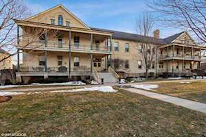344 Leonard Wood South #204 Highland Park, IL 60035
