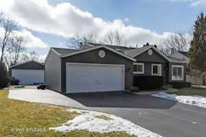 1308 Leawood Ct Naperville, IL 60564