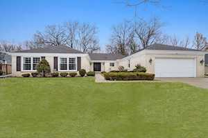 3720 Dauphine Ave Northbrook, IL 60062