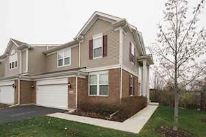 10s448 Carrington Circle Burr Ridge, IL 60527