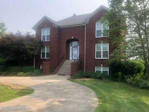 1706 Cambridge Ct Shepherdsville, KY 40165