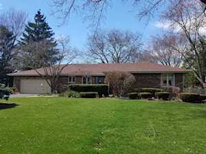 1284 Pleasant Dr Elgin, IL 60123