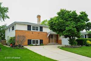 1419 W Concord Dr Arlington Heights, IL 60004