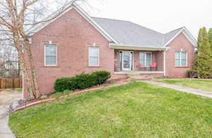 13326 Eastgate Village Dr Louisville, KY 40223