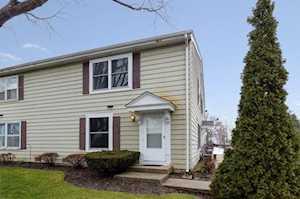 303 Farmington Ln #303 Vernon Hills, IL 60061