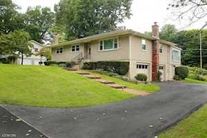 12 Drake Way Morris Plains Boro, NJ 07950