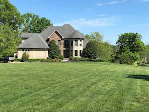 300 Bellefonte Ct Simpsonville, KY 40067