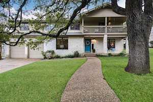 9401 Rolling Oaks Trl Austin, TX 78750
