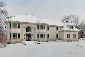 4718 Wellington Dr Long Grove, IL 60047