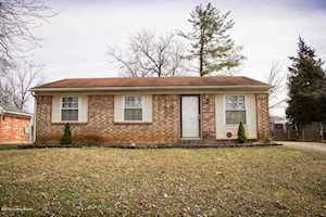 5405 Windy Willow Dr Louisville, KY 40241