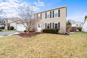 475 Nantucket Rd Naperville, IL 60565