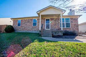12209 Somerset Dr Louisville, KY 40229