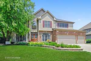 5708 Rosinweed Ln Naperville, IL 60564