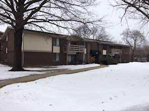 310 Greenbriar Rd #2D Glen Ellyn, IL 60137