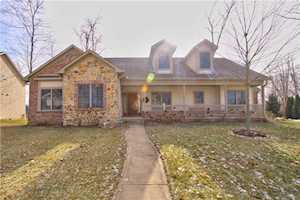 5621 Peaking Fox Drive Indianapolis, IN 46237
