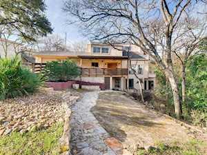8804 Mountain Ridge Austin, TX 78759