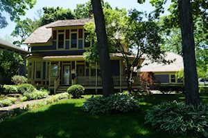 303 Park Ave Grayslake, IL 60030