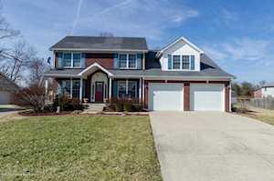 307 Bentwood Dr Shepherdsville, KY 40165