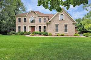 3281 Oak Knoll Rd Carpentersville, IL 60110