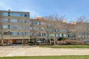 2022 St Johns Ave #101 Highland Park, IL 60035