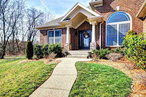 12604 Valley Pine Dr Louisville, KY 40299