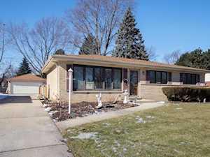 512 S Deborah Ln Mount Prospect, IL 60056