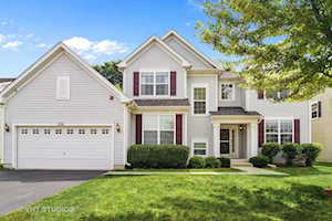2261 Edgartown Ln Hoffman Estates, IL 60192
