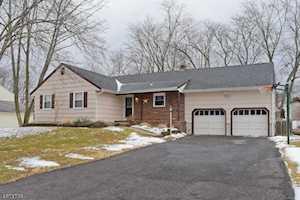 15 Hidden Glen Dr Parsippany-Troy Hills Twp., NJ 07054