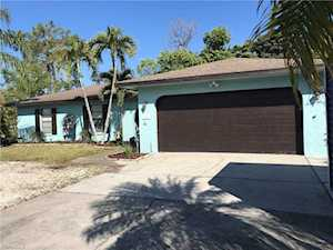 2197 Crystal Dr Fort Myers, FL 33907