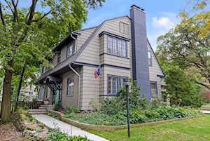 830 Monticello Place Evanston, IL 60201