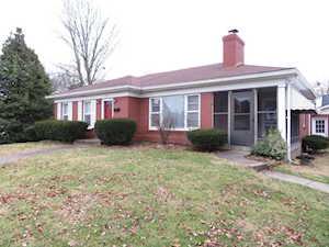 3706 Hughes Rd Louisville, KY 40207
