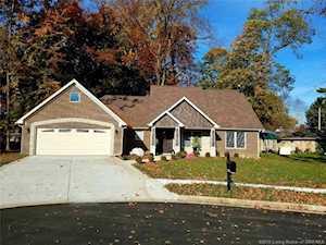 2605 Shady Branch Court Clarksville, IN 47129