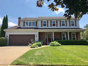 1708 Cedar Glen Dr Libertyville, IL 60048