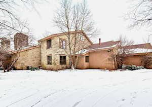1 Fox Tail Ct Riverwoods, IL 60015