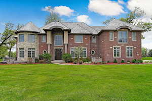 9101 S Garfield Ave Burr Ridge, IL 60527