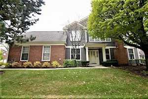 101 Harvard Ct Glenview, IL 60026