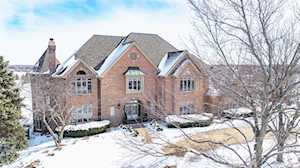 400 Boulder Dr Lake In The Hills, IL 60156