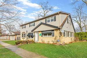 107 S Rose Ave Park Ridge, IL 60068