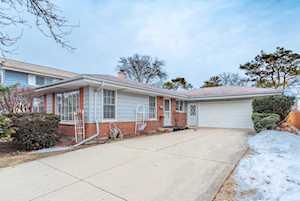 1341 Parkside Dr Park Ridge, IL 60068