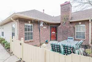 3236 Graystone Manor Pkwy Louisville, KY 40241