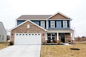 6247 Emerald Springs Drive Indianapolis, IN 46221