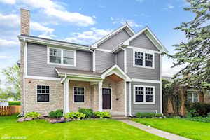 841 S Cumberland Ave Park Ridge, IL 60068