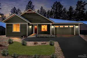 19234 Galen Road Bend, OR 97702