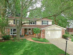 3932 Carousel Dr Northbrook, IL 60062