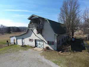 206 Becnel Ln Shepherdsville, KY 40165