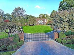 12 Carriage Hill Dr Mendham Twp., NJ 07931