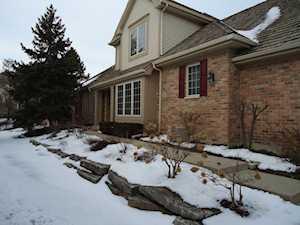 1792 Brush Hill Ln Glenview, IL 60025