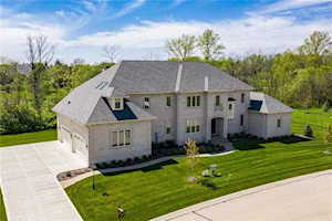 6740 Berkley Court Zionsville, IN 46077