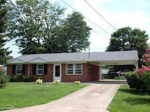221 Knollwood Cir Louisville, KY 40229